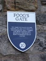 01252_foogs_gate