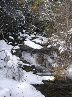 04479_non_frozen_waterfalls