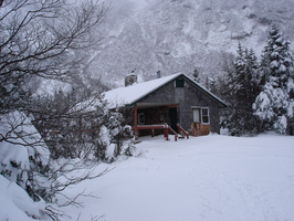 04497_hermit_lake_cabin
