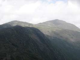 08640_sunny_and_cloudy_peaks