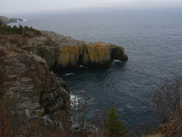 00640_yellow_cliff