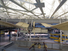 1218_plane_made_of_cloth_and_wood
