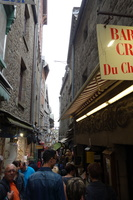 04291 crowded narrow alleys