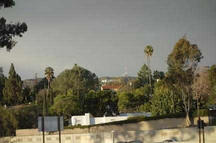 09599 obscured hollywood sign